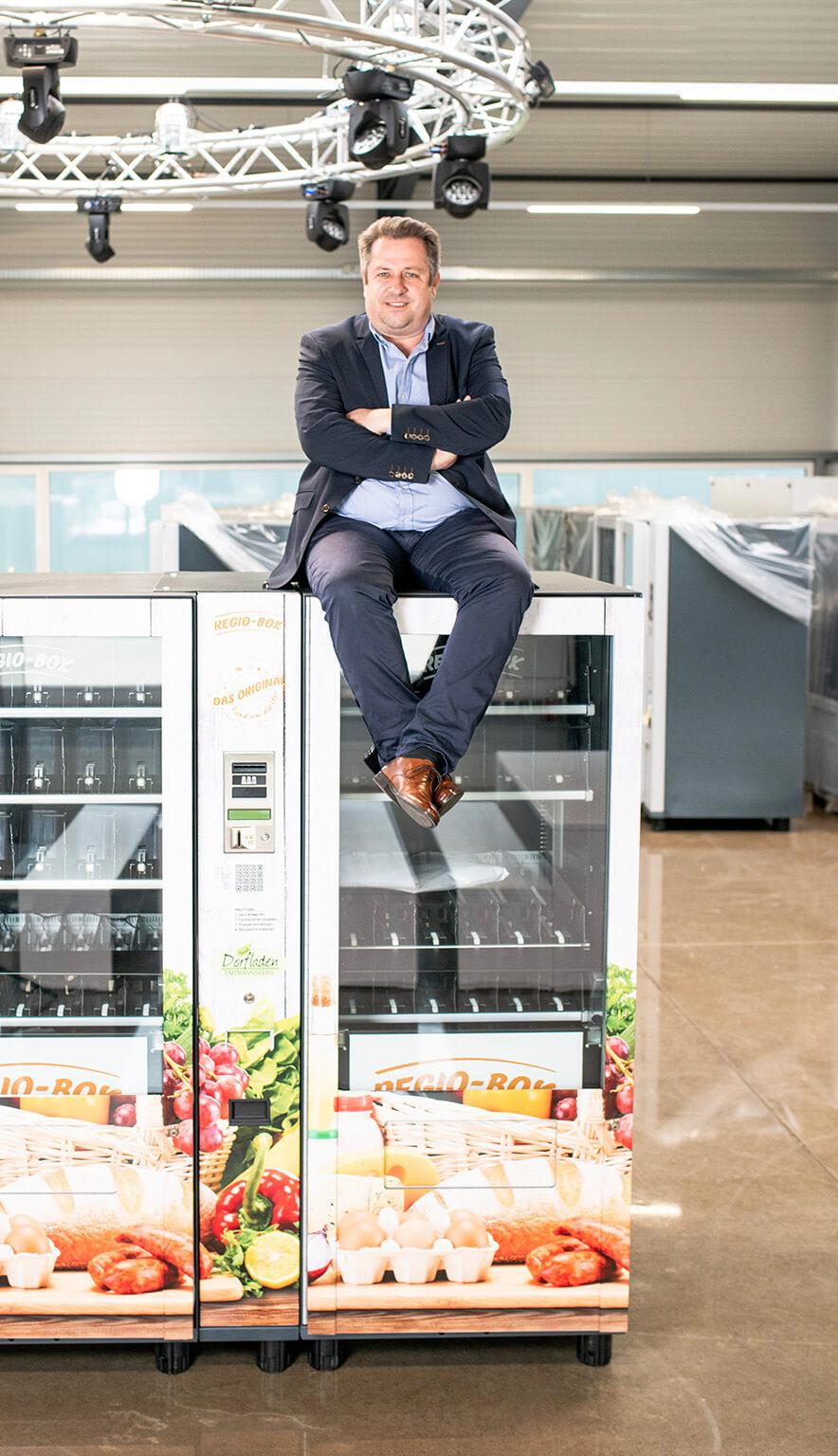 Dirk Hensing auf einer Regio-Box